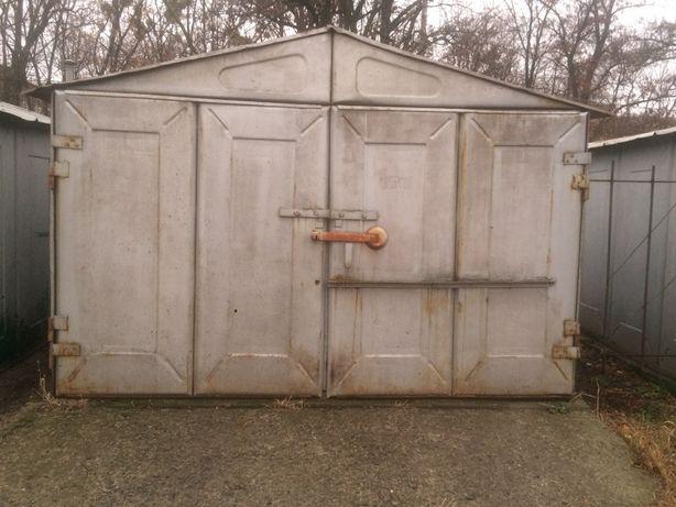 Продам гараж на кап. фунд. ниже исполк.(за Ла Валеттой) (Торг)