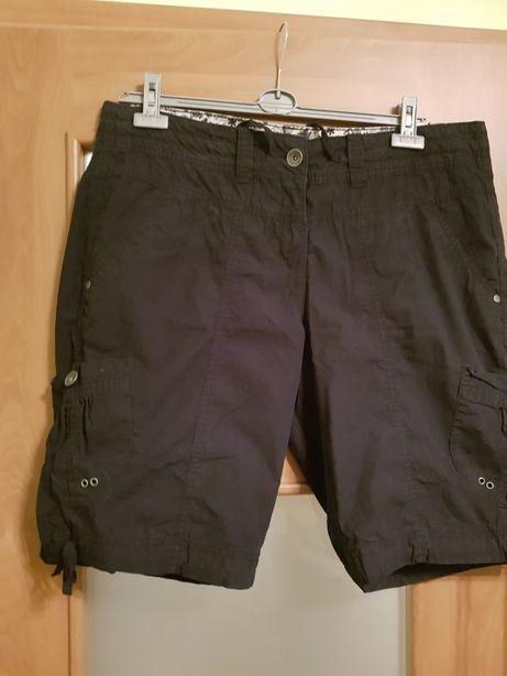 Spodnie krótkie r.48