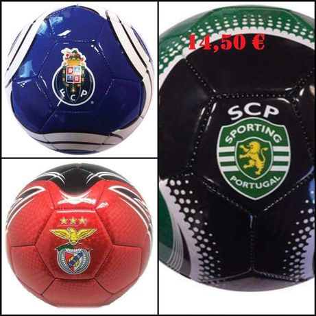 bolas e equipamento dos clubes