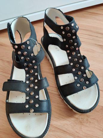 Sandałki rzymianki skórzane. Roz. 36