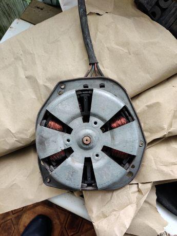 Моторчик вентилятора охлаждения Мерседес w211