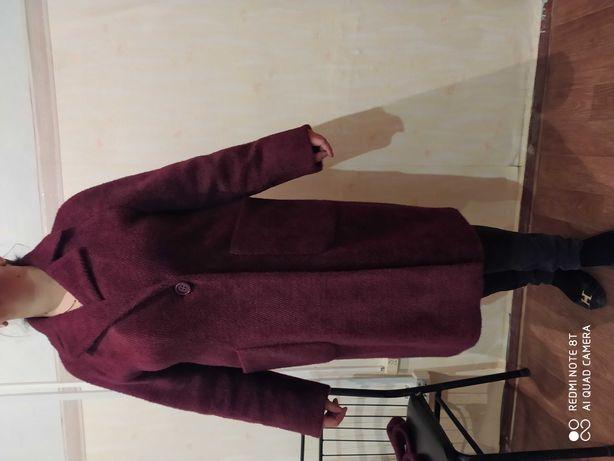 Продам женское пальто Альпака