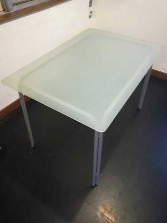 Conjunto mesa + 4 cadeiras Ikea (oferta almofadas)