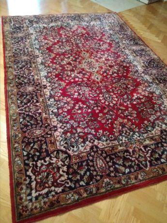 Wełniany dywan PRL