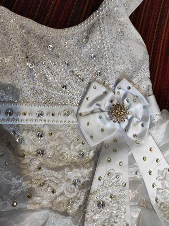 Продам детское выпускное платье