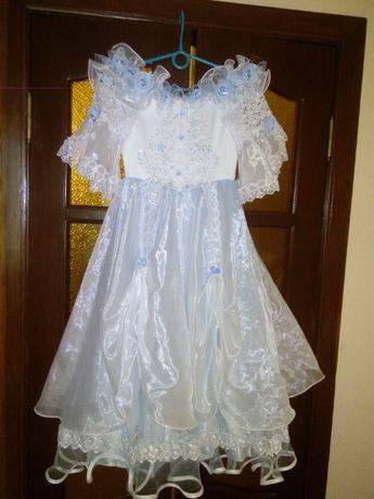 Нарядное платье для девочки 7-10 лет
