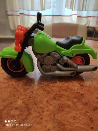 Мотоцикл пластиковый.