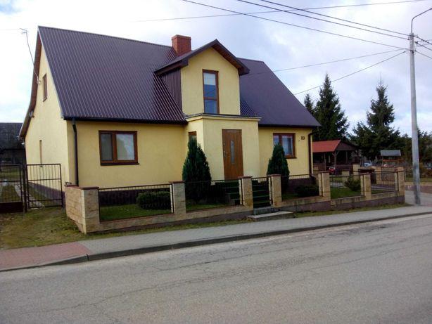 Dom drewniany z posesją
