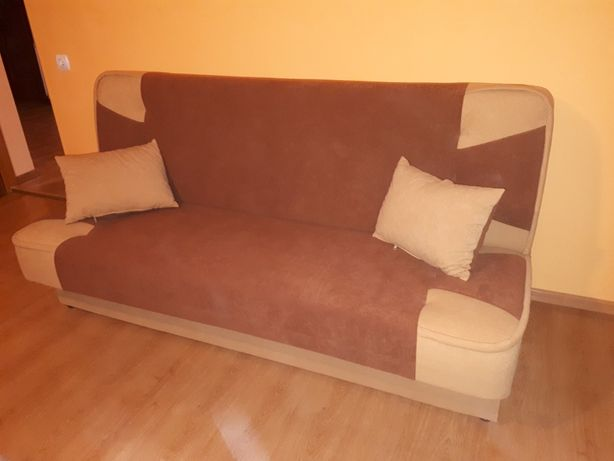 Zestaw wypoczynkowy: wersalka, 2 fotele, rozkładana ława, półka TV