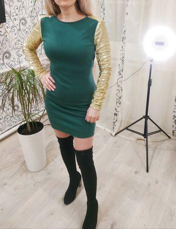 Платье с паетками зелёное. Размер s.