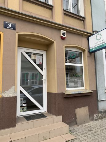 Wynajmę lokal handlowo-usługowy centrum Trzebiatowa.