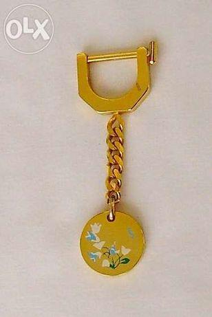 Porta Chaves dourado com flores