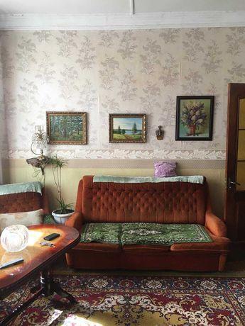 Продам 2 комнатную квартиру в центре Чугуева