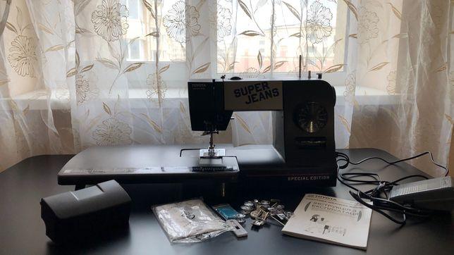 Стильная лимитированная  бытовая швейная машина TOYOTA SUPER JEANS!