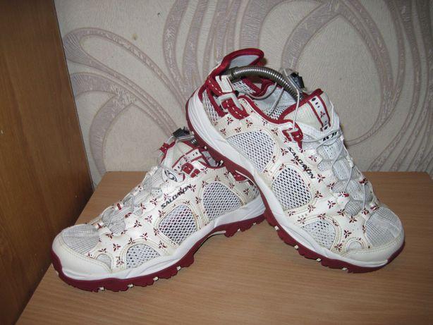 Продам кроссовки фирмы Salomon 38 размера .