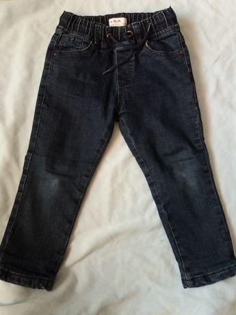 Spodnie jeansy ocieplane r.104