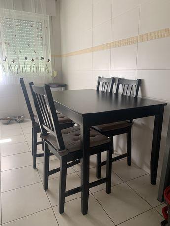 Conjunto Mesa de Cozinha + 4 cadeiras