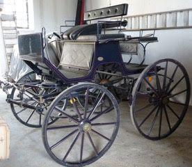 Charrete/ Carro para Dois Cavalos