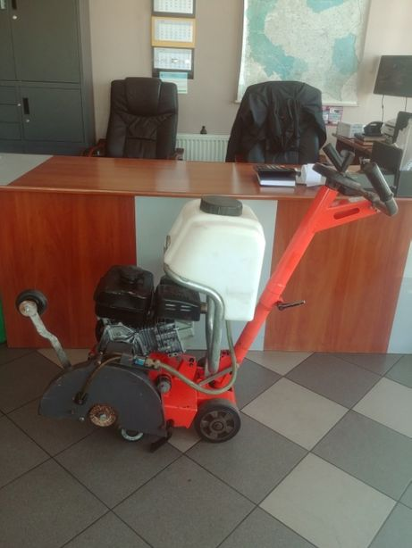 Przecinarka jezdna piła HUSQVARNA FS 305, 2014 rok prod. FV