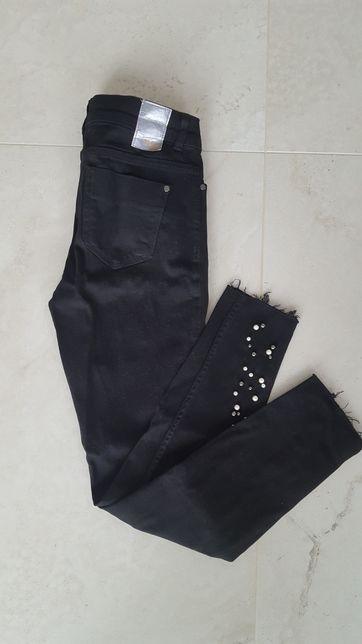 ZARA czarne spodnie jeansy dżinsy 38 M
