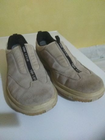 Спортивная обувь ,кроссовки