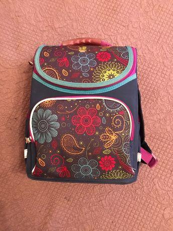 Школьный рюкзак для начальных классов для девочек