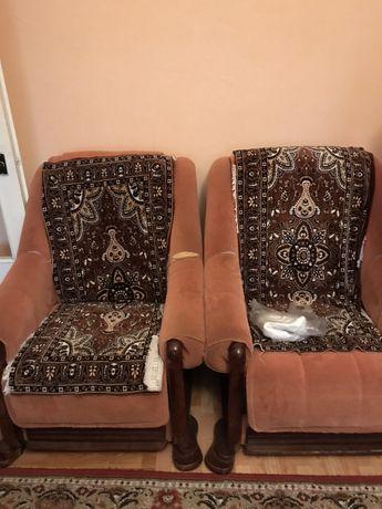 Мягка частина,диван і два крісла