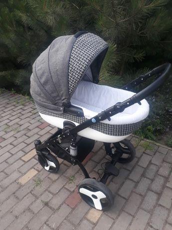 Детская коляска польша