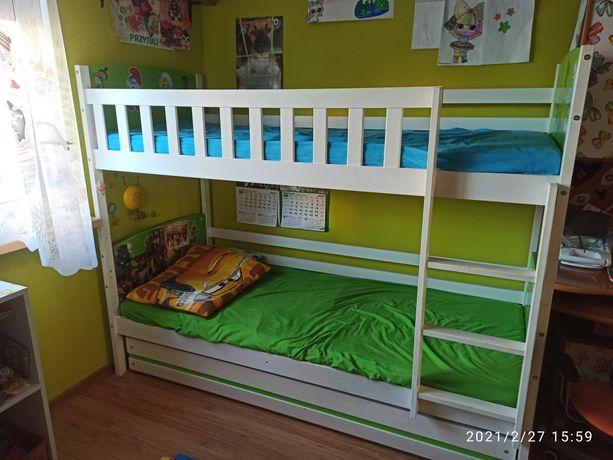 Łóżko piętrowe + materace