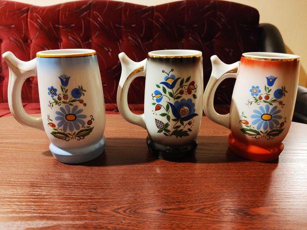 Trzy kufle Lubiana motyw kaszubski porcelana PRL