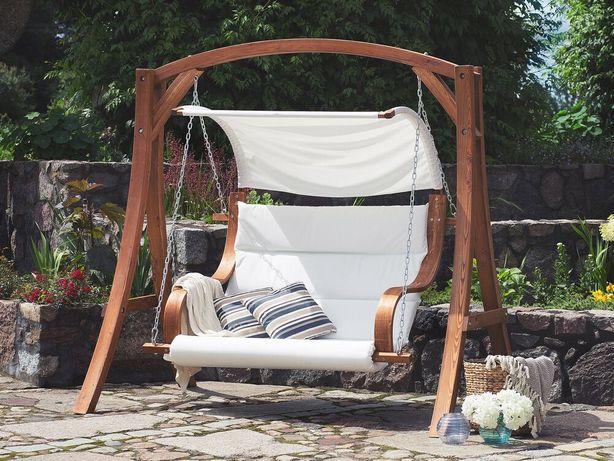 Baloiço de jardim estrutura em madeira com toldo creme APRILIA - Beliani