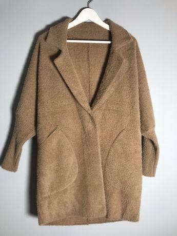 Płaszcz z alpaki camel