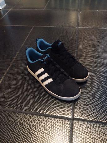 Buty Adidas rozmiar 39 i 1/3 trzy paski oryginalne