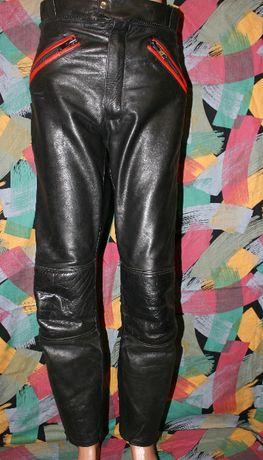 Кожаные штаны,мотоштаны Leder 44 р,защита в комплекте.