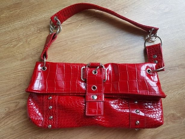 Czerwona torebka, stan super