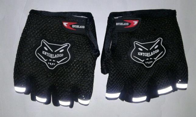 Вело спорт фитнес перчатки и др. видов спорта есть цвета