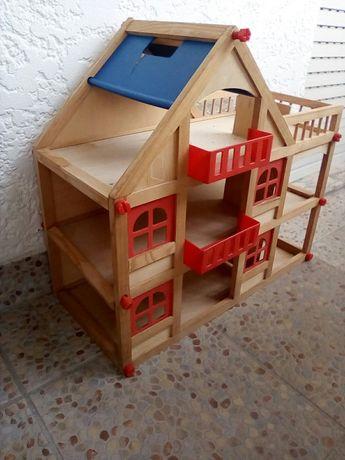 Brinquedos e carrinho bebe