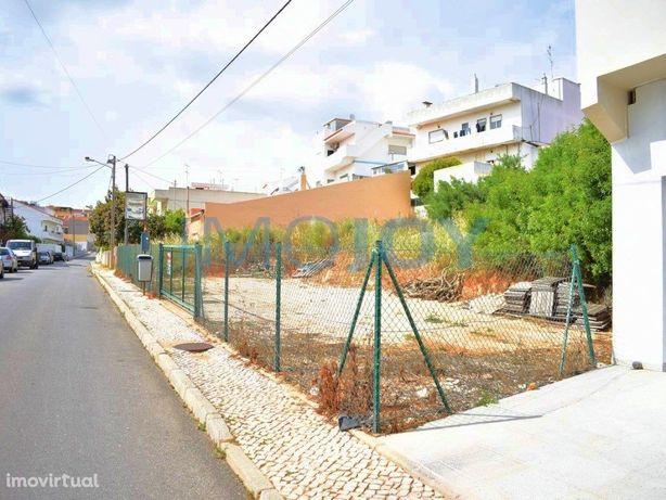 Dois Lotes de Terreno para Construção em Portimão