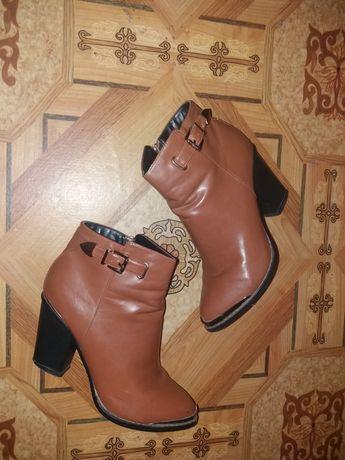 Продам ботинки весна-осень