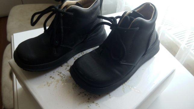 оригинальные кожаные демисезонные ботинки Naturino Италия р.25 ст.16см