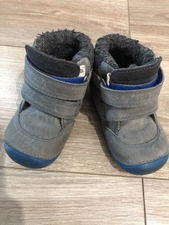 Buty zimowe dla dziecka rozmiar 22