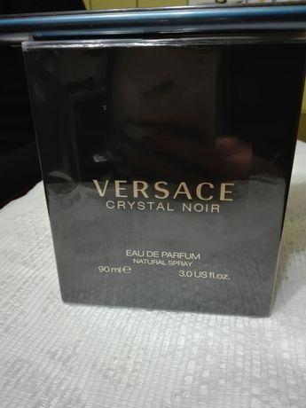 Продам оригинальные Versace crystal noir 90ml.