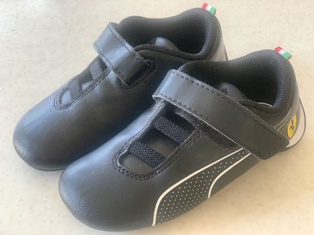 Нові брендові кросівки для хлопчика розмір24 - 15см