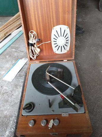 Gramofon UNITRA Fonika WG-510