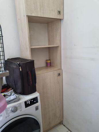 Słupek wysoki z szafkami