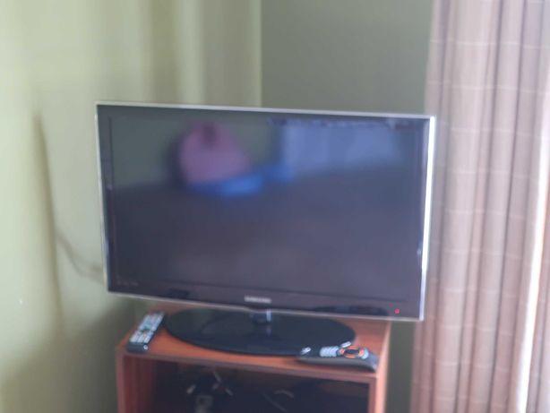 LED-LCD TV Samsung de 32 Polegadas em bom estado