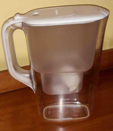 Jarro de filtrar água