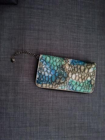 Vendo carteira de senhora