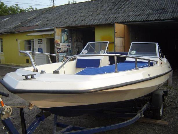 "морской катер ""Gobbi femeli"" Італія,тип катера ""Bilayner"" USA"