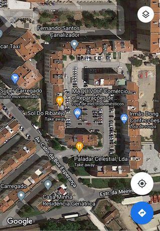 Apartamento no Carregado T1 Vendo ou Permuto por café/snack bar